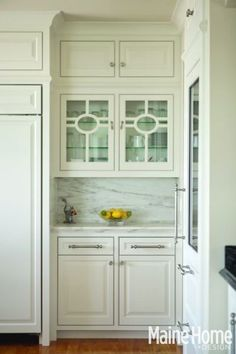 beautiful upper cabinets