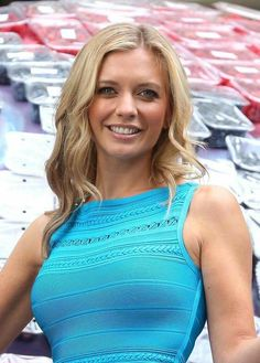 BRAINBOX beauty Rachel Riley has revealed she has never spoken to Carol Vorderman, the maths whizz she replaced on Countdown. Rachel Riley Countdown, Rachel Riley Legs, Racheal Riley, Fit Women, Sexy Women, Tv Presenters, Beautiful Celebrities, Beautiful Ladies, Beautiful Females
