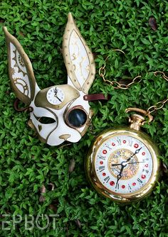 """DIY Alice in Wonderland Steampunk White Rabbit Mask Tutorial from EPBOT here. I post a lot of easy """"stick and glue"""" DIYs and this is NOT one of them. This leather mask and giant pocket watch (vintage. Mode Steampunk, Steampunk Mask, Steampunk Cosplay, Steampunk Fashion, Victorian Fashion, Alice In Wonderland Steampunk, Alice In Wonderland Rabbit, Alice In Wonderland Costume, Wonderland Party"""