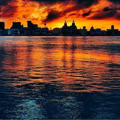 Liverpool Life, Liverpool Skyline, Liverpool History, Liverpool England, Beautiful World, Beautiful Things, Stunning View, Art And Architecture, Gcse Art