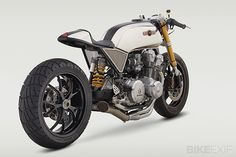 "Classified Moto's Honda CB750 DOHC ""Superstrada"", right rear"