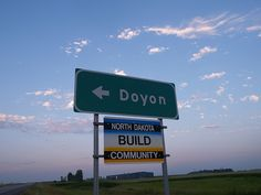 Doyon Sign