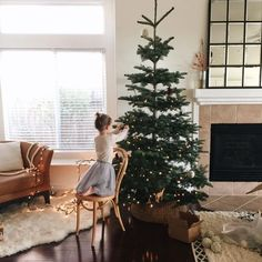 Image about winter in Holiday by Biljana Milojkovic Christmas Time Is Here, Christmas Mood, Merry Little Christmas, Noel Christmas, All Things Christmas, Christmas Tumblr, Christmas Ideas, Decoration Christmas, Holiday Decor