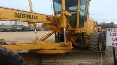 Caterpillar 140G Motor Grader | Cat 140G.. Http://www.brequipmentco.com Caterpillar 140G Motor Grader for sale at B&R Equipment.   This grader is ready for rental or sale.  Call us for more details at 817-379-1340.  #grader #heavyequipment #constructionequipment #videos