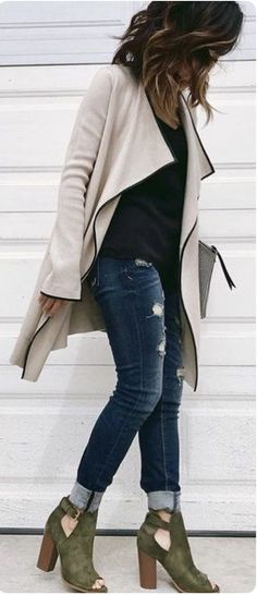 Look your best always!!! Sign up for STITCH FIX NOW! I promise you won't regret it! December 2016 style inspiration. It's an amazing clothing subscription service. A personal stylist for only $20! Every box is especially personalized for you! Use this pins as style inspiration! Click photo now to sign up! #Sponsored #Stitchfix