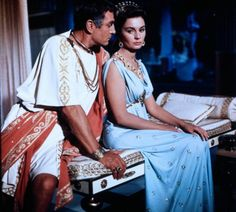 Jean Simmons, Golden Age Of Hollywood, Classic Hollywood, Old Hollywood, Stewart Granger, Thomas Costume, Spartacus 1960, Spartacus Movie, Romantic Couples