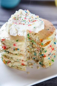 Cake Batter Funfetti Pancakes by Baking Beauty   These are the best cake mix recipes on Pinterest! They are all so quick, so easy and so delicious!