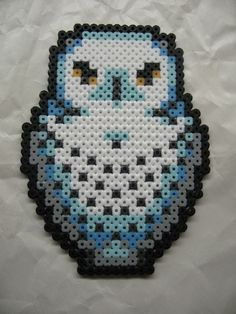 Perler Beads Owl by kiskekokanut on DeviantArt Perler Bead Designs, Hama Beads Design, Diy Perler Beads, Perler Bead Art, Pearler Bead Patterns, Perler Patterns, Owl Perler, Harry Potter Perler Beads, Art Perle