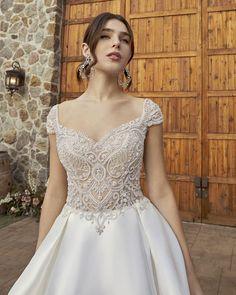 Style 2416-1 London | A-line Modern Wedding Dress by Casablanca Bridal | Casablanca Bridal Bodice Wedding Dress, Bridal Wedding Dresses, Wedding Dress Styles, Bridal Style, Wedding Dress Pictures, Dress Out, London Wedding, Nice Dresses, Amazing Dresses