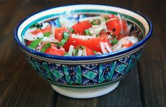 Achichuk Salad | 16 Delicious Uzbek Dishes You Need To Try Immediately Uzbekistan Food, Tomato Salad Recipes, Middle Eastern Dishes, Vegan Recipes, Cooking Recipes, Russian Recipes, Arabic Food, World Recipes, Ethnic Recipes