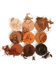 Der Bronze Kyshadow besteht aus 9 Brauntönen und ist ab 26. Juli erhältlich - man muss aber wie immer sehr schnell sein!