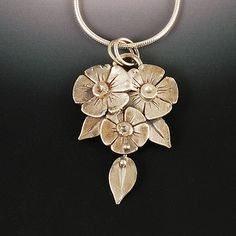 Anemone 2 pendant by VickieHallmark, via Flickrhttp://blog.vickiehallmark.com/2012/10/learning-chasing-and-repousse.html