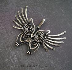 outrageously great wire owl pendant by  artist Liudmilla Kuryakova