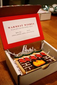 Send a sugar cookie in the mail as a Christmas card. Cute idea! Will have to do for immediate family one year!