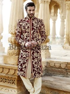 fullonwedding-Groom's wear-wedding striking sherwani designs for men-maroon velvet Sherwani For Men Wedding, Sherwani Groom, Mens Sherwani, Wedding Dress Men, Indian Wedding Outfits, Wedding Men, Indian Outfits, Punjabi Wedding, Indian Weddings