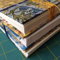 When bookbinding, how do you get it to look like this?