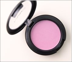 MAC Full of Joy - my new favourite blush. This looks so beautiful on the cheeks!!