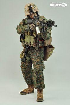 1 6A scala SOLDIER Story USMC ACCESSORI 1st Battalion 2nd Marine DIV