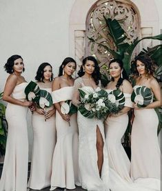 From exquisite bridal gowns to gorgeously embellished bridesmaid dresses, JARLO refreshes its timeless styles with a fashion-forward twist. Have a look yourself. Embellished Bridesmaid Dress, Modern Bridesmaid Dresses, Glam Dresses, Wedding Dresses, Wedding Bouquets, Wedding Flowers, Fantasy Wedding, Dream Wedding, Garden Wedding