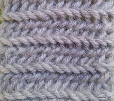 FS 2+2, F1B1 | Neulakintaat Merino Wool Blanket, Stitch 2, Group, Accessories