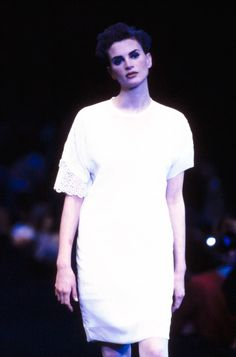 Comme des Garçons Spring 1991 Ready-to-Wear Fashion Show Collection