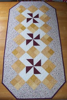 Pinwheel Table Runner by PumpkinPatchQuilts on Etsy, $42.00