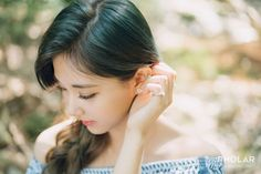 """TWICE"" Zhou Ziyu's newest photo album is open! Deliver 17 years old sweet and charming ."