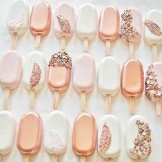 Chocolate Covered Treats, Chocolate Covered Strawberries, Cupcakes, Cupcake Cakes, Mini Cakes, Wedding Favours Luxury, Luxury Wedding, Wedding Cakes, Bouquet Wedding