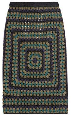 Crochet Skirt Crocheted cashmere pencil skirt by Christopher Kane - Crochet Squares, Crochet Granny, Crochet Stitches, Knit Crochet, Crochet Patterns, Crochet Skirts, Crochet Clothes, Easy Granny Square, Granny Squares