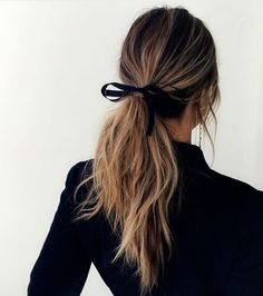 Ponytail with black
