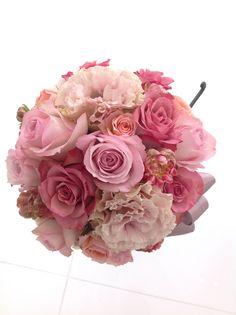 # Vress et Rose # Wedding # pink #smoky pink # bouquet #clutch bouquet # natural# Flower # Bridal # ブレスエットロゼ #ウエディング# ピンク #スモーキーピンク # ブーケ #カラーブーケ #バラ# クラッチブーケ # ナチュラル# 花 # ブライダル#結婚式