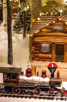 The All Aboard! Trains exhibit at Science Park will take you to a world of winter wonderland with all types of trains for you and your little ones to enjoy. Science Park, Boston Museums, Exhibit, Winter Wonderland, Trains, Table Decorations, Train