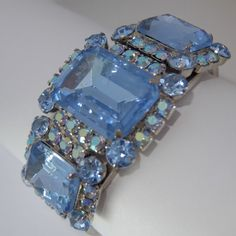 VINTAGE JULIANA D & E BLUE AURORA BOREALIS RHINESTONE CLAMPER BRACELET #Unbranded