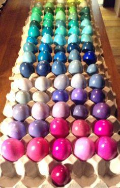 Jodi Henninger. Egg dye charts for pysanky.