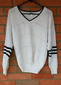 WOMENS  IZOD CLUB SWEATER SIZE LARGE  WHITE AND GREEN KNIT SPORT
