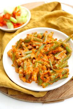 Sambal goreng boontjes Dutch Recipes, Asian Recipes, Healthy Recipes, Ethnic Recipes, Good Food, Yummy Food, Low Carb Side Dishes, Dinner Is Served, Indonesian Food