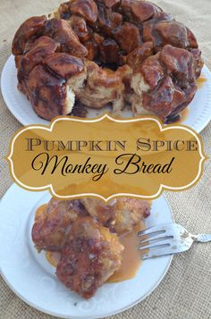 Pumpkin Spice Monkey Bread- a delicious update on a classic that's perfect for fall!
