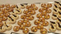 Lemon tart Passion fruit and vanilla macaron