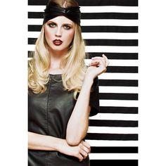 Black Faux Leather Stretch Turband Trendarty.com follow us on: https://www.facebook.com/trendarty/?ref=hl https://twitter.com/trendarty5 https://es.pinterest.com/trendarty/ and https://vimeo.com/trendarty #belleza #beauty #moda #invierno #gorros #gorras #hat #ropadeinvierno #abrigo #chaquetas #bufandas #guantes #lluvia #nieve #cortaviento #abrigarse #modamuje #modahombre #modadeinvierno #pañuelos #fulares #ponchos #poncho #escharpes #mantas #turbantes #cintadelpelo #cinta #seda #diadema
