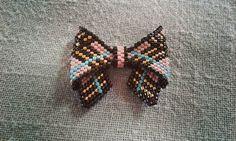 🎀futur collier noeud papillon  façon  Burberry 🎀 #bijoux#jewels #perles#beads#delicas#miyuki#peyote#burberry #noeudpapillon #collier#necklace #butterfly #jenfiledesperlesetjassume #perlesandco #faitmain #handmade#bowtie#perlesaddict