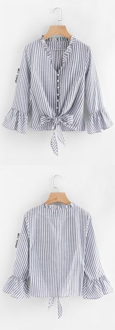Contrast Striped Knotted Hem Frill Blouse Source by madhya_agency Hijab Fashion, Diy Fashion, Womens Fashion, Fashion Design, Fashion Shirts, Frill Blouse, Mode Hijab, Mode Vintage, Refashion