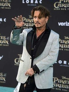 Johnny at Pirates of the Caribbean - Dead Men Tell No Tales/Salazar's Revenge premiere
