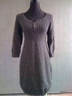 Knitted dress from 1000 idéer . With free pattern Knit Skirt, Knit Dress, Dress Skirt, Crochet Woman, Knit Crochet, How To Purl Knit, Knitted Shawls, Crochet Clothes, The Dress