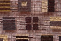 Silk Inlays on gauze weave by American fiber artist Morgan Clifford. via Surface Design Assn Weaving Textiles, Weaving Patterns, Tapestry Weaving, Loom Weaving, Hand Weaving, Textile Texture, Textile Fiber Art, Textile Artists, Textiles Techniques