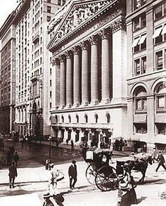 New York Stock Exchange, 1904 Buy Stocks, Investing In Stocks, Great Place To Work, Great Places, Ny Stock Exchange, High Interest Accounts, Old Photography, New York Street, Wall Street