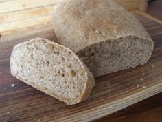 A Galician-style country loaf, pan de cea, with crumb (miga) exposed Pan Bread, Bread Baking, Loaf Pan, Spelt Bread, Spelt Flour, Bread Machine Recipes, Bread Recipes, Yummy Recipes, Brie