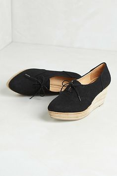 http://www.anthropologie.eu/anthro/product/shoes-all
