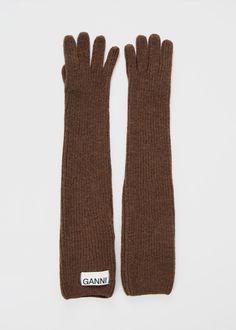 Ganni Knit Gloves in Chicory Coffee – The Frankie Shop Best Winter Gloves, Best Gloves, Long Gloves, Winter Hats, Fur Fashion, Fashion Trends, Vintage Gloves, Knitted Gloves, Leather Gloves