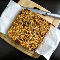 Fall Pantry Granola Bars and other healthy granola recipes on MyNaturalFamily.com #granola #recipe