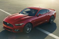 2015 Ford Mustang is 200-300 lbs heavier than predecessor.  Ford may have been present on the sixth-generation Ford Mustang by December 2013, but has not yet announced its weight.  read story: http://www.carxmotor.com/2014/06/03/report-2015-ford-mustang-is-200-300-lbs-heavier-than-predecessor/